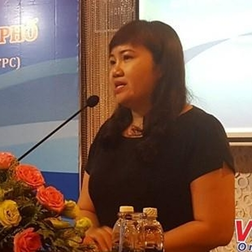 Cao Thi Phi Van (Vice Director of Ho Chi Minh City Investment and Trade Promotion Center)