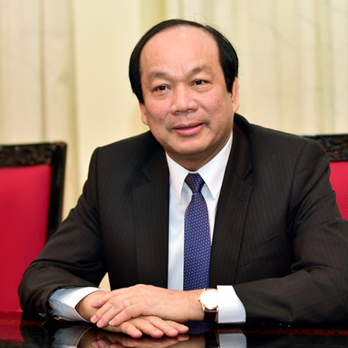 H.E. Mr Mai Tien Dung (Minister-Chairman of the Government Office)