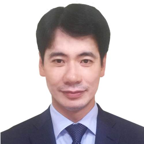 Mr. Ta Hoang Linh (Director General of European and American Market Department at Ministry of Industry and Trade (MOIT))